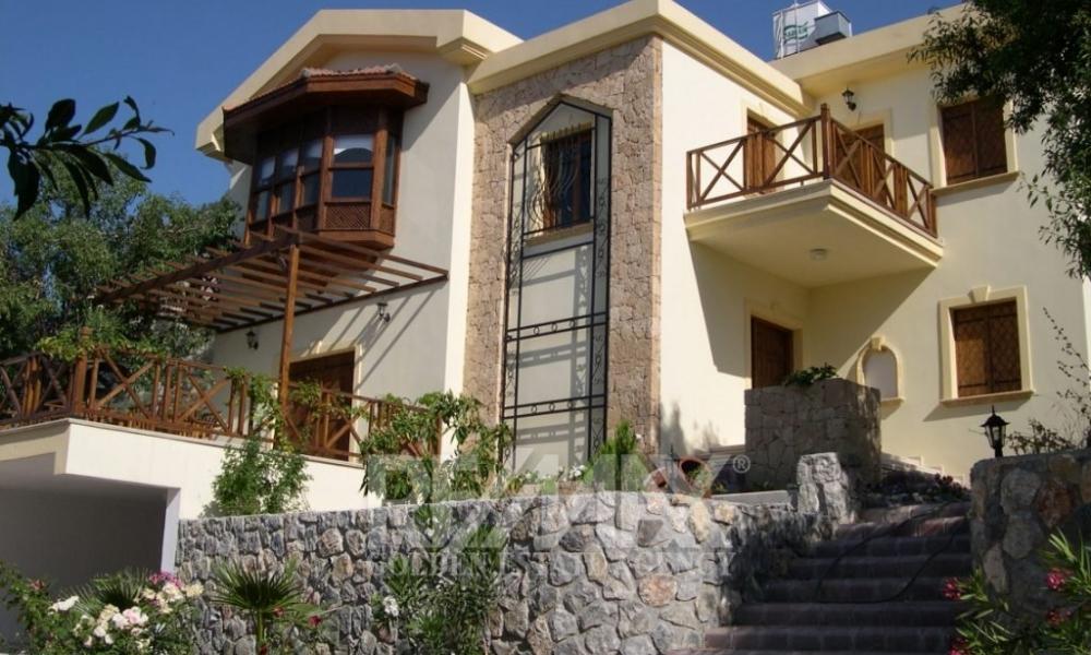 Detached Villa- Alsancak Remax Golden Cyprus