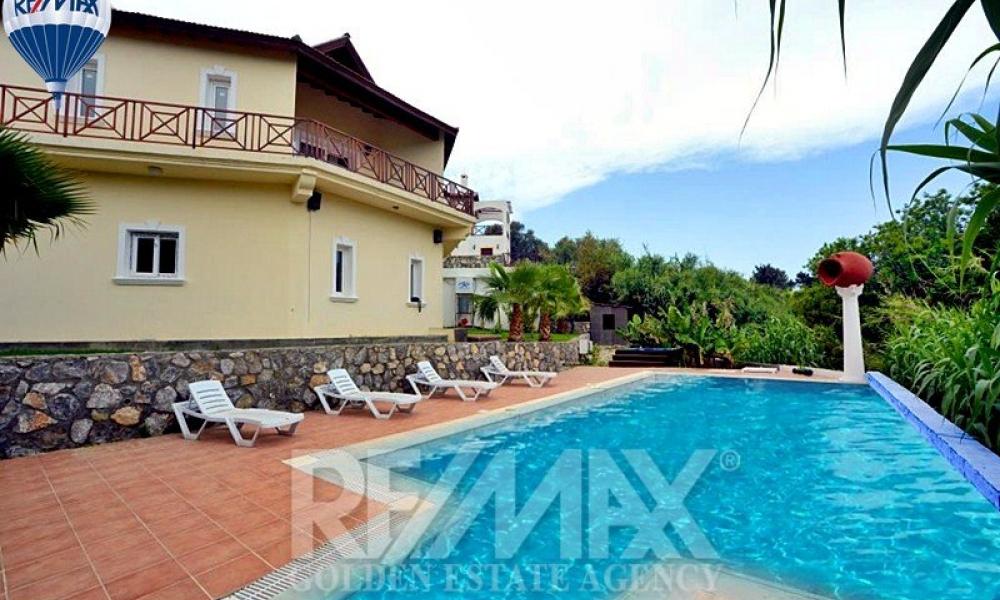 Detached Villa In Alsancak Remax Golden Cyprus