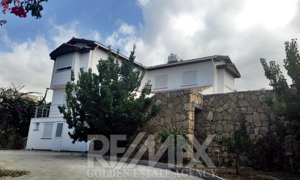 Detached Villa In Çatalköy Remax Golden Cyprus
