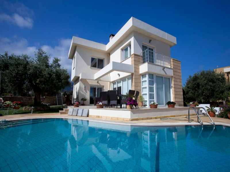 Beautiful Villas Yeşiltepe Remax Golden Cyprus