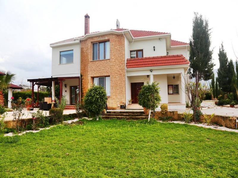 4 bedroom Luxury Villa Remax Golden Cyprus